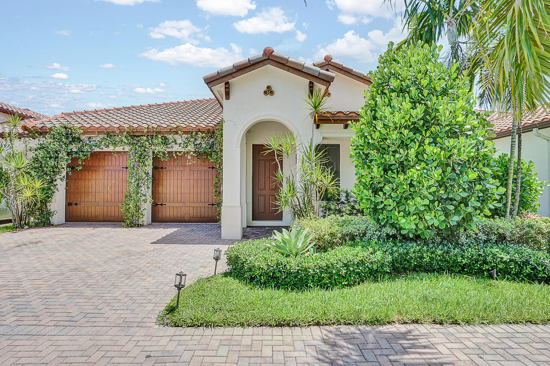 Single Family Home for sale in 8332 NW 26th Court, Cooper City, Florida ,33024