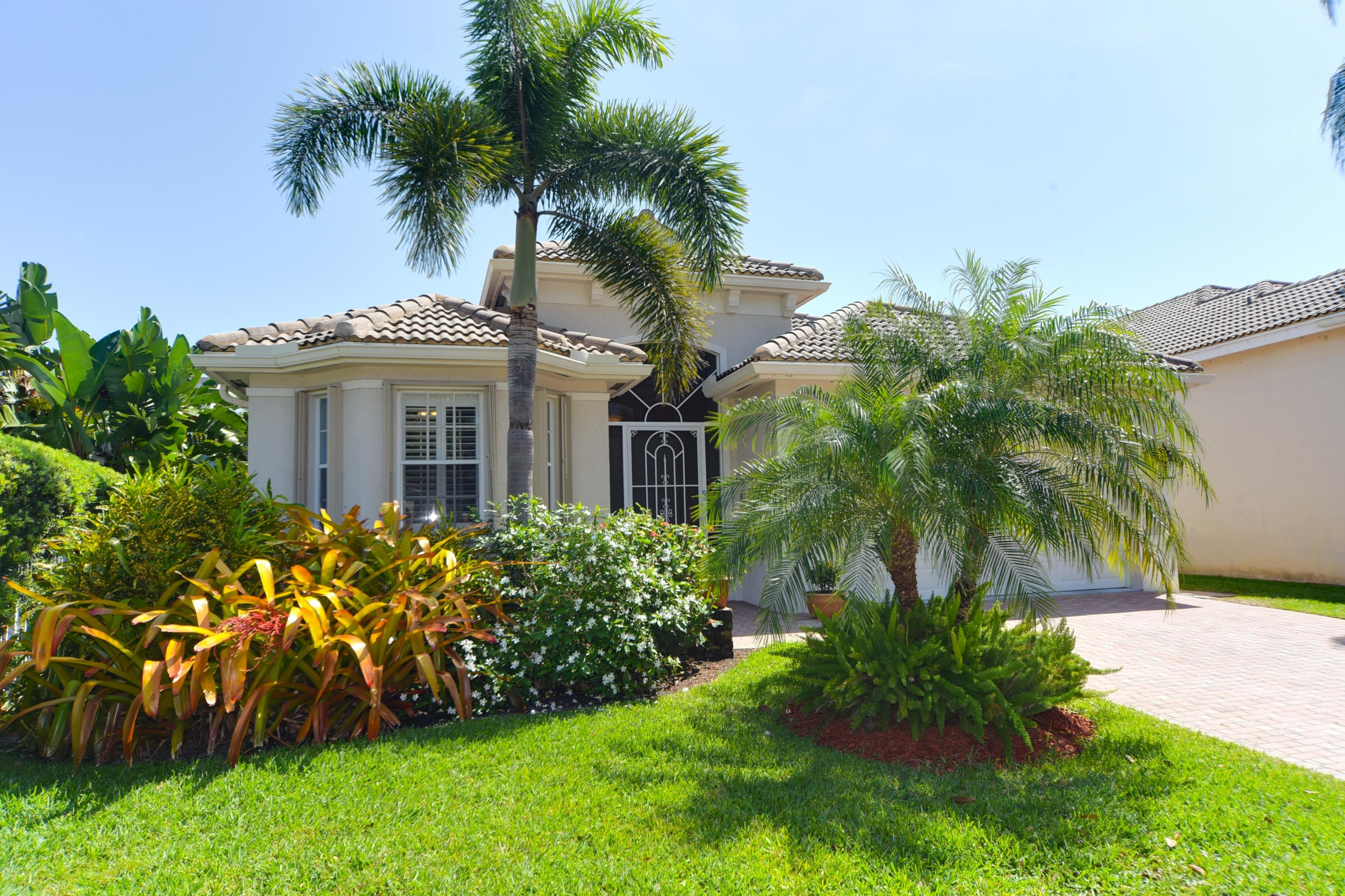 Single Family Home for sale in 209 Palm Circle, Atlantis, Florida ,33462