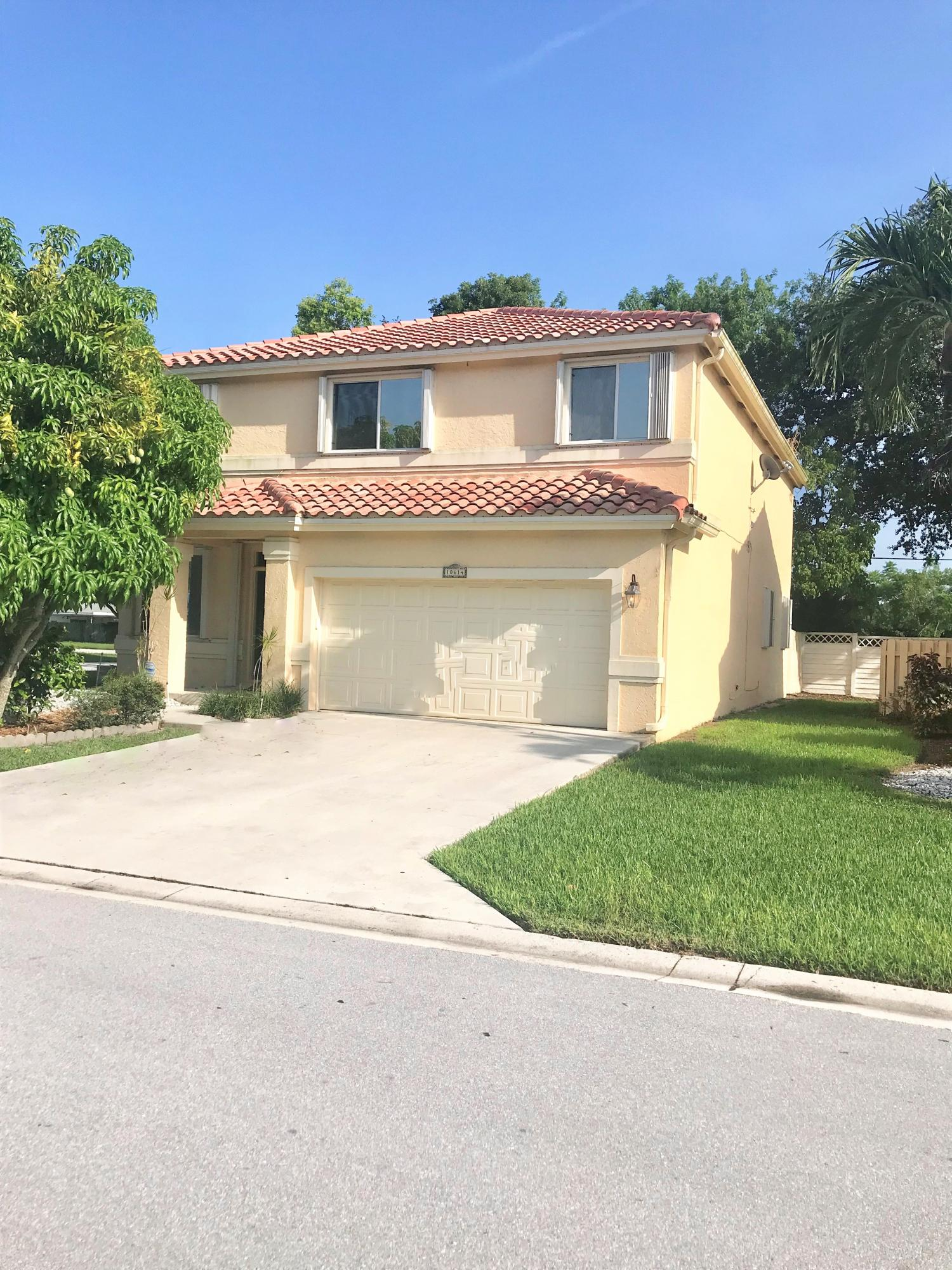 Single Family Home for sale in 10614 Palm Spring Drive, Boca Raton, Florida ,33428