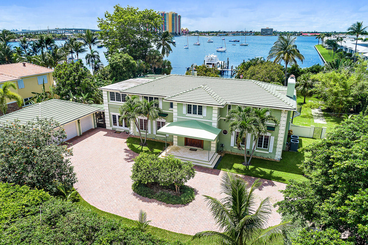 Single Family Home for sale in 3025 Lake Drive, Singer Island, Florida ,33404