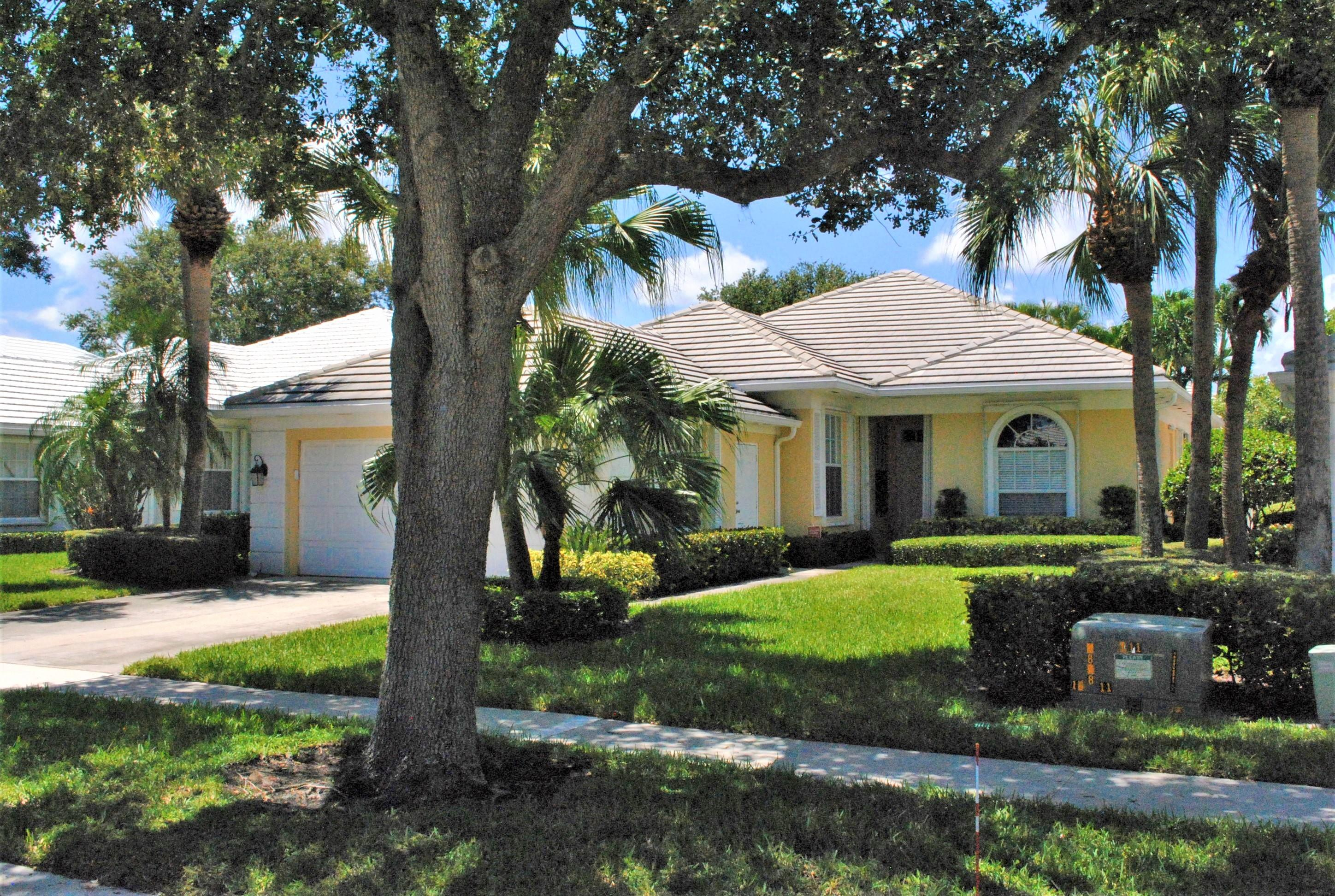 Single Family Home for sale in 8499 E Garden Oaks Circle, Palm Beach Gardens, Florida ,33410
