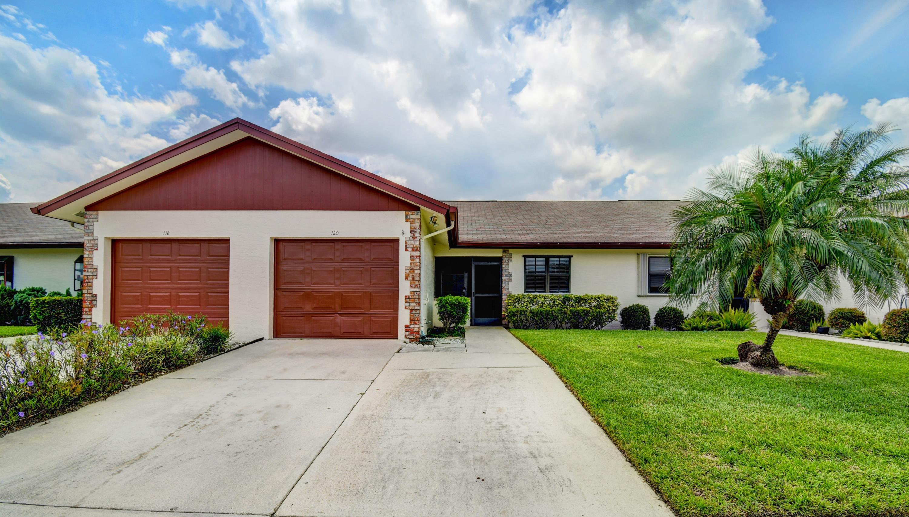 Townhouse/Row House for sale in 120 Moccasin Trail S, Jupiter, Florida ,33458
