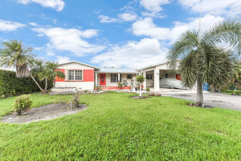 Single Family Home for sale in 1104 NE 1st Street, Belle Glade, Florida ,33430
