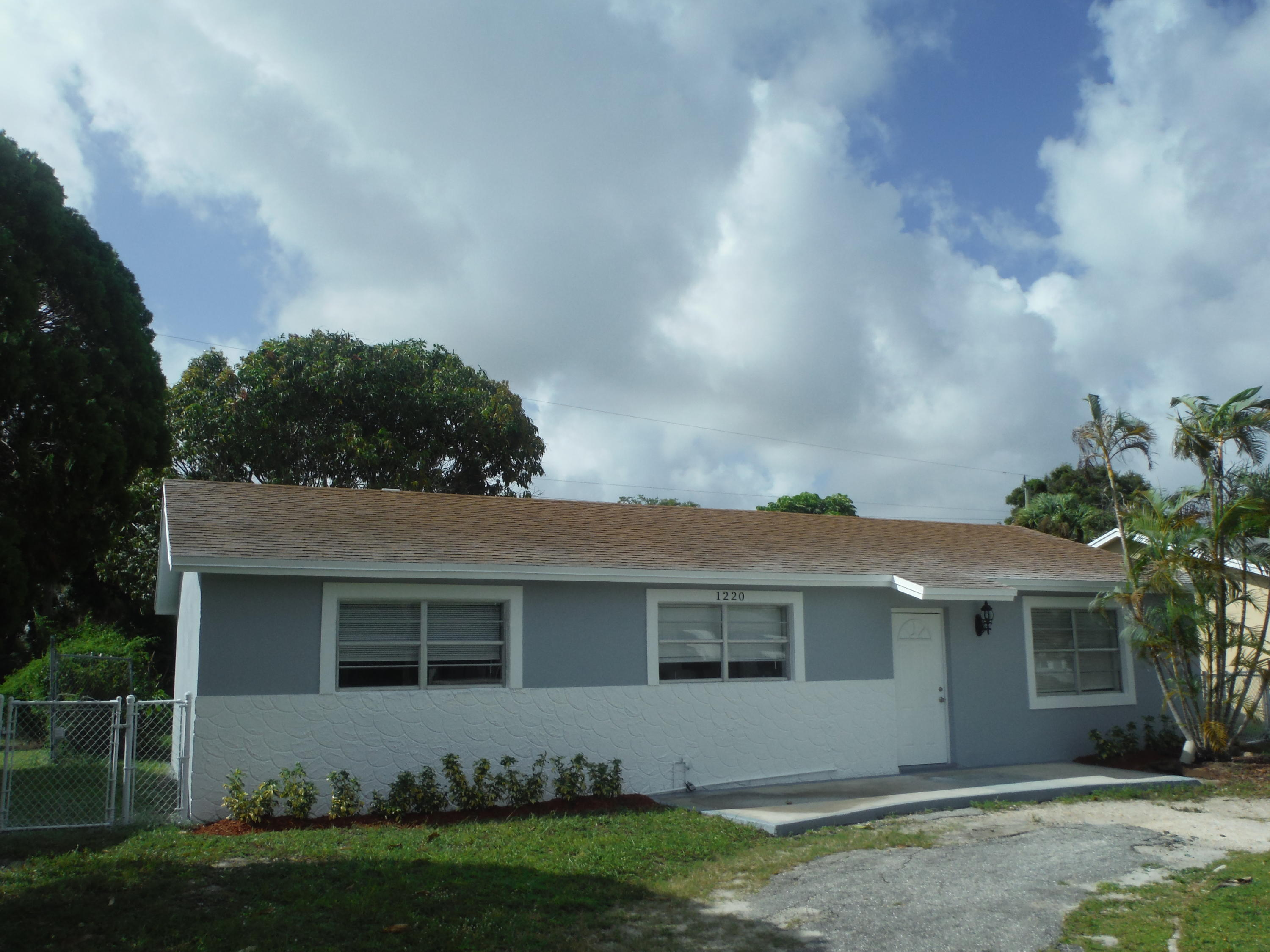 Single Family Home for sale in 1220 Giller Avenue, Mangonia Park, Florida ,33407