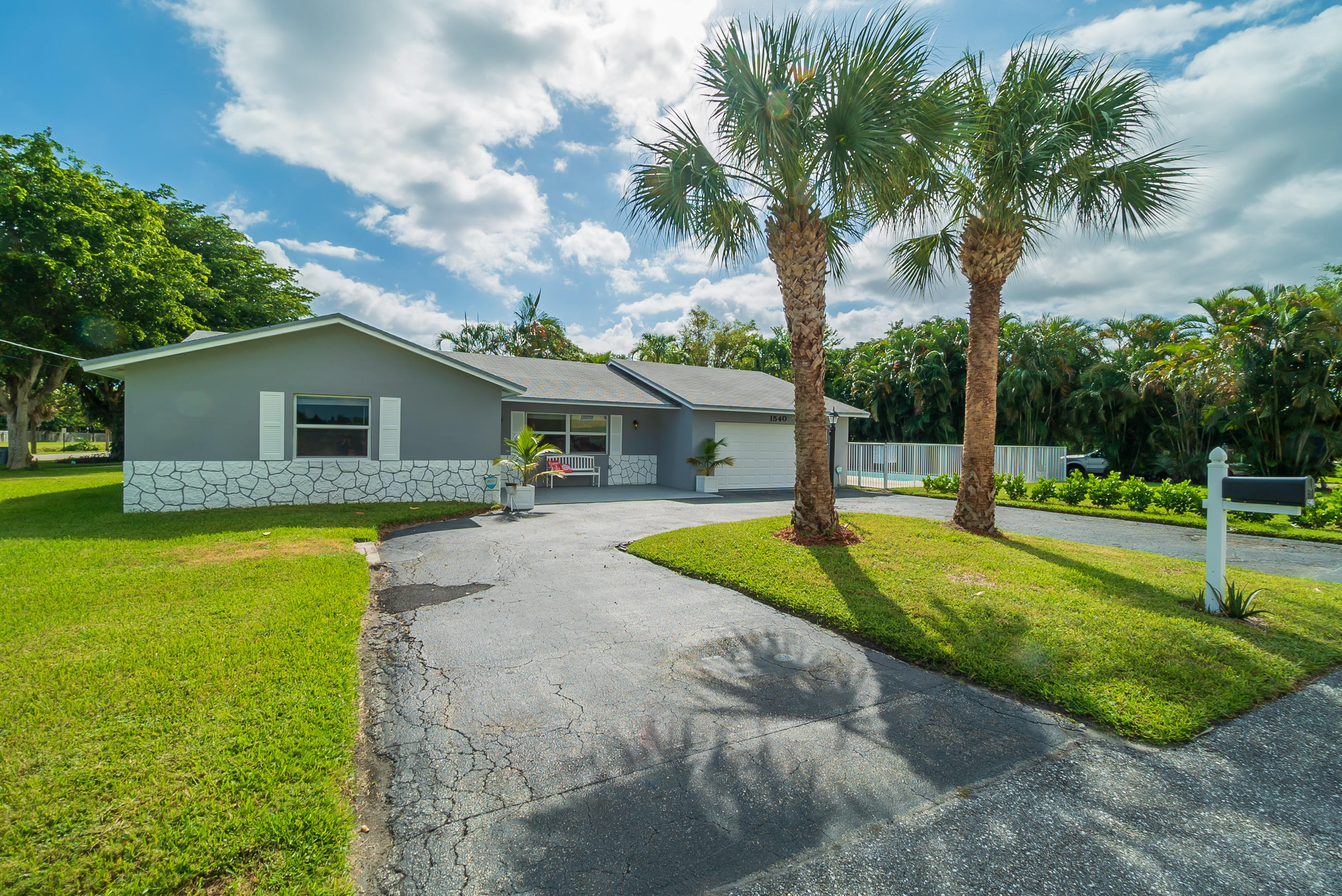 Single Family Home for sale in 1540 S Florida Mango Road, Lake Clarke Shores, Florida ,33406