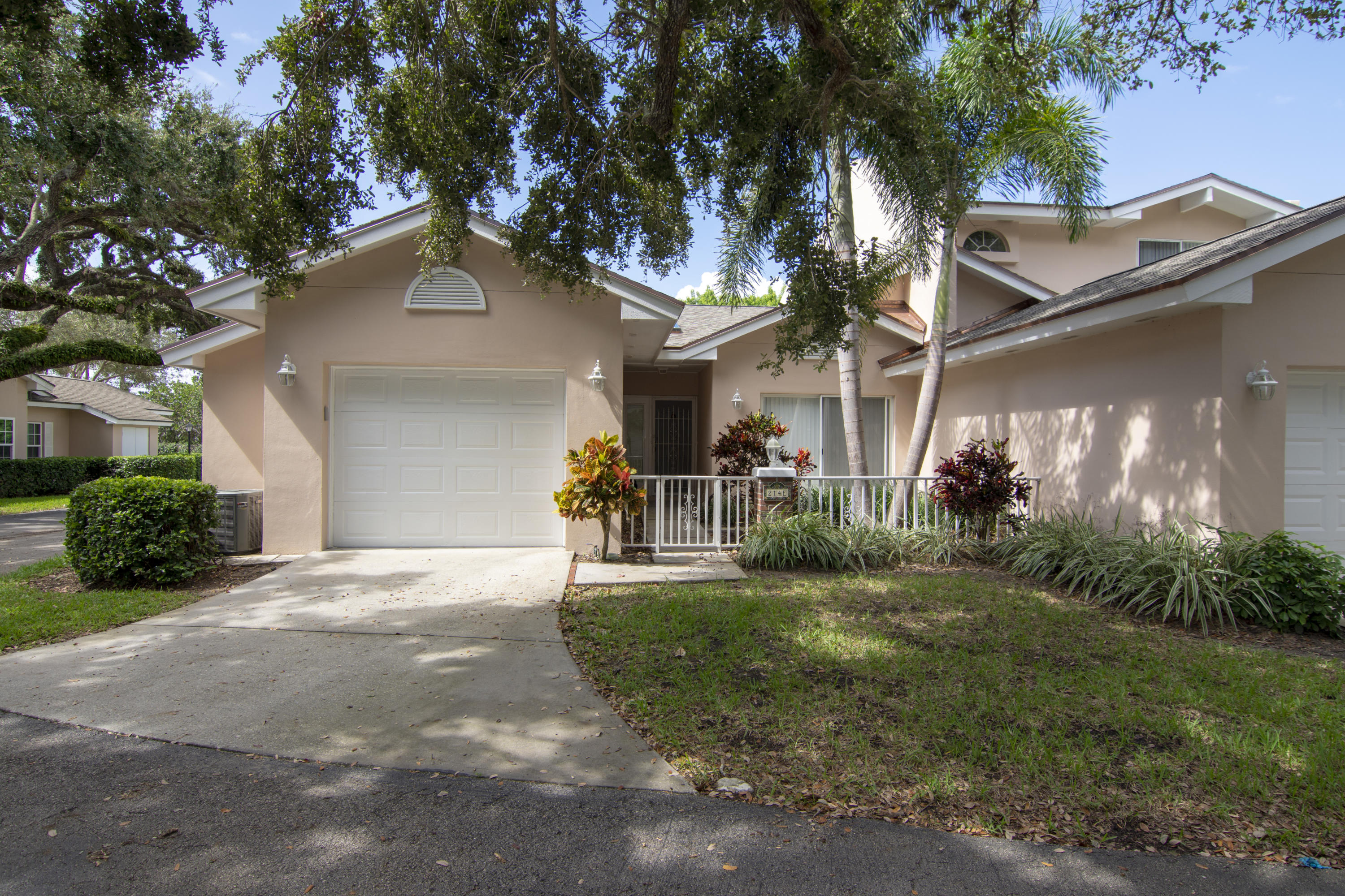 Townhouse/Row House for rent in 214 Park Shores Circle 214, Indian River Shores, Florida ,32963