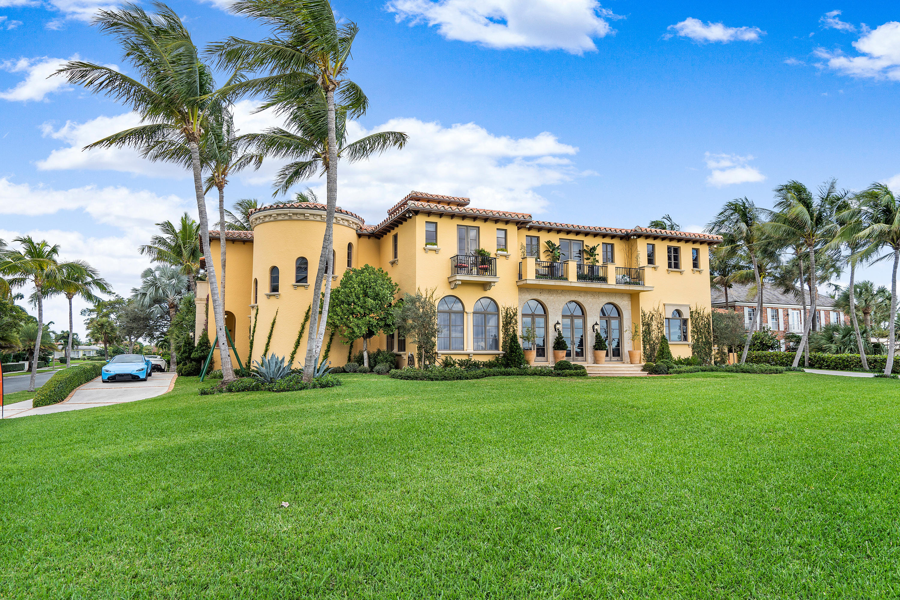 Single Family Home for sale in 6215 S Flagler Drive, West Palm Beach, Florida ,33405