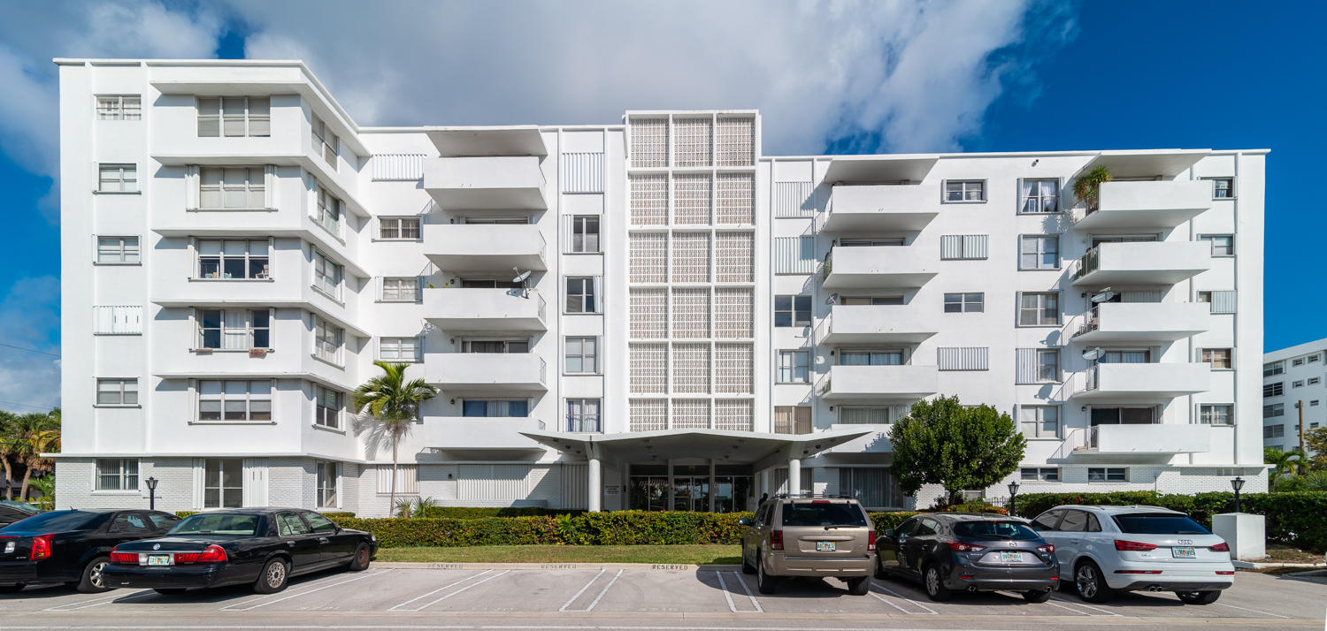 Condominium for sale in 1075 92nd Street 405, Bay Harbor Islands, Florida ,33154