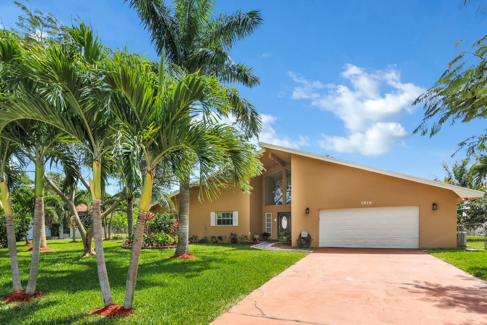 Single Family Home for sale in 1816 Mediterranean Road W, Lake Clarke Shores, Florida ,33406