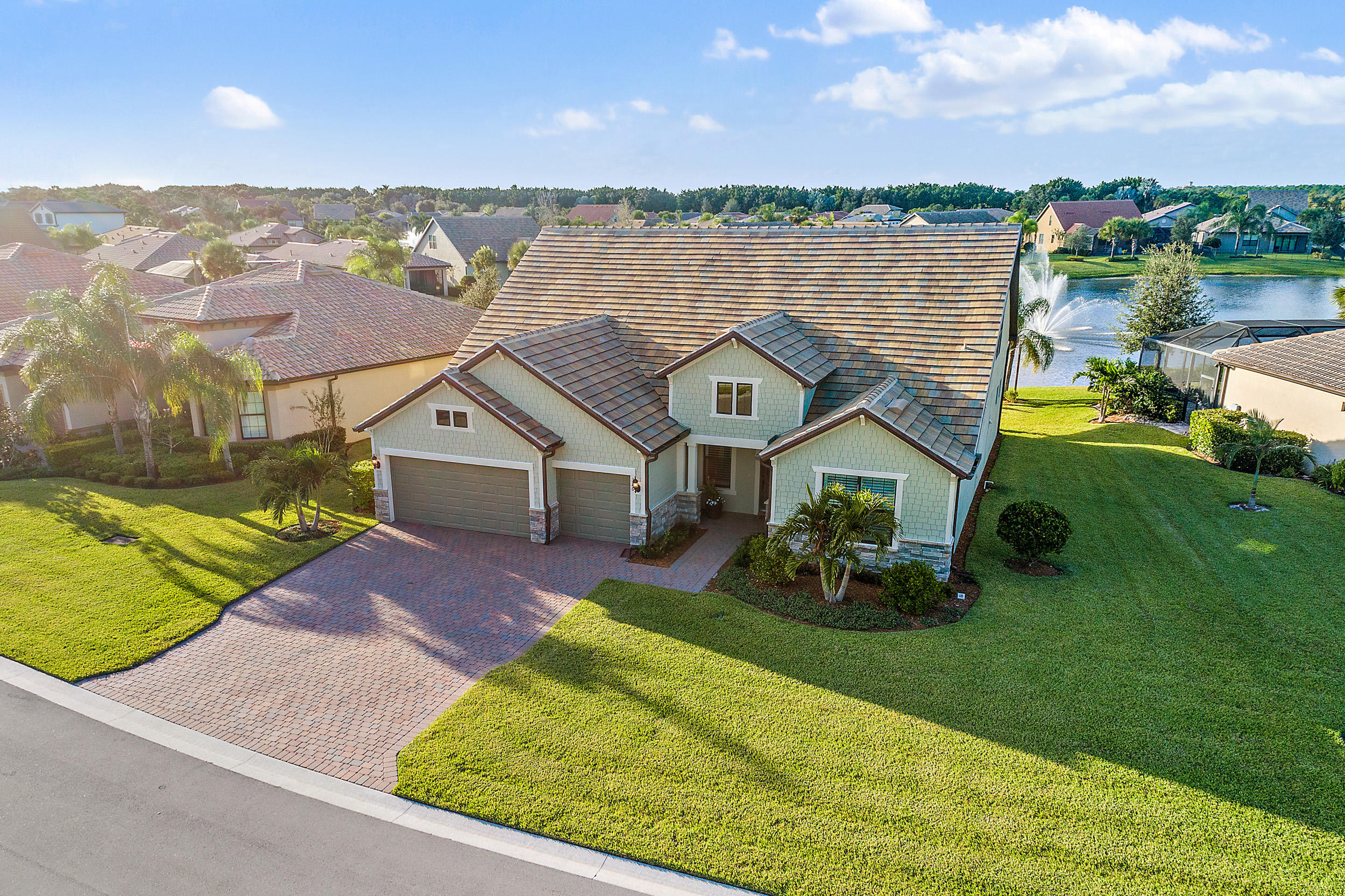 Single Family Home for sale in 326 SE Huntington Circle, Port Saint Lucie, Florida ,34984