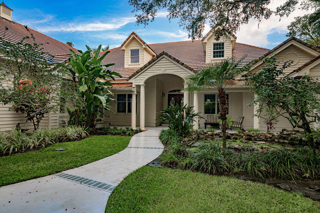 Single Family Home for sale in 690 N Tomahawk Trail, Indian River Shores, Florida ,32963
