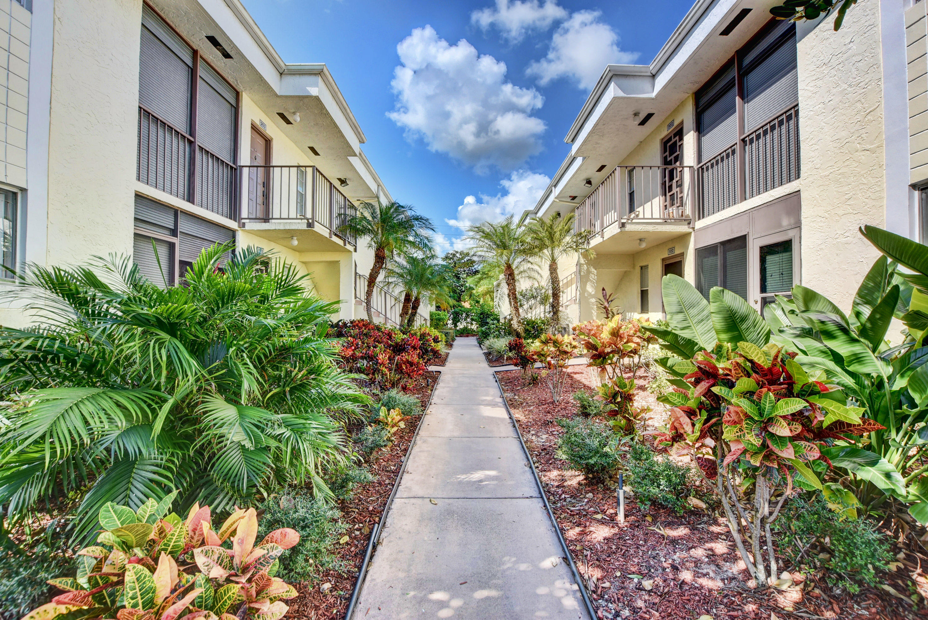 Condominium for sale in 14905 Wedgefield Drive 101, Delray Beach, Florida ,33446