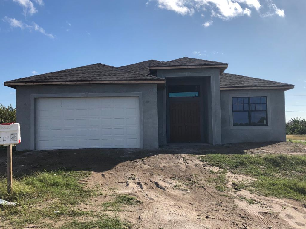 Single Family Home for sale in 3113 16th Street SW, Lehigh Acres, Florida ,33976