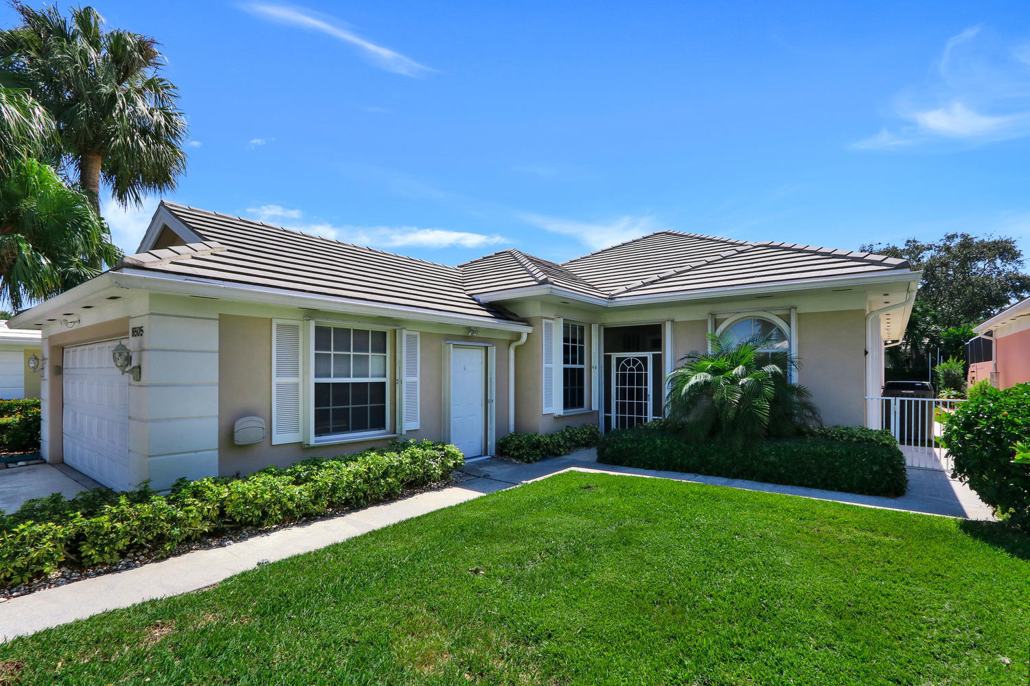 Single Family Home for sale in 8505 E Garden Oaks Circle, Palm Beach Gardens, Florida ,33410