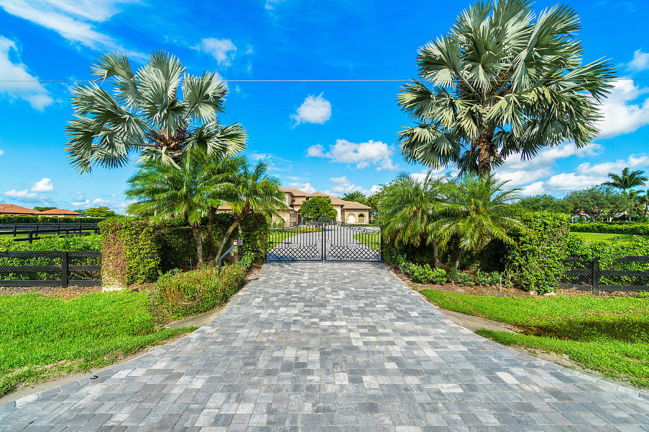 Single Family Home for sale in 4600 Garden Point Trail, Wellington, Florida ,33414