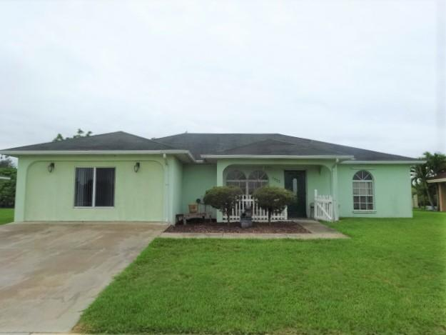 Single Family Home for sale in 1023 W Aztec Avenue, Clewiston, Florida ,33440