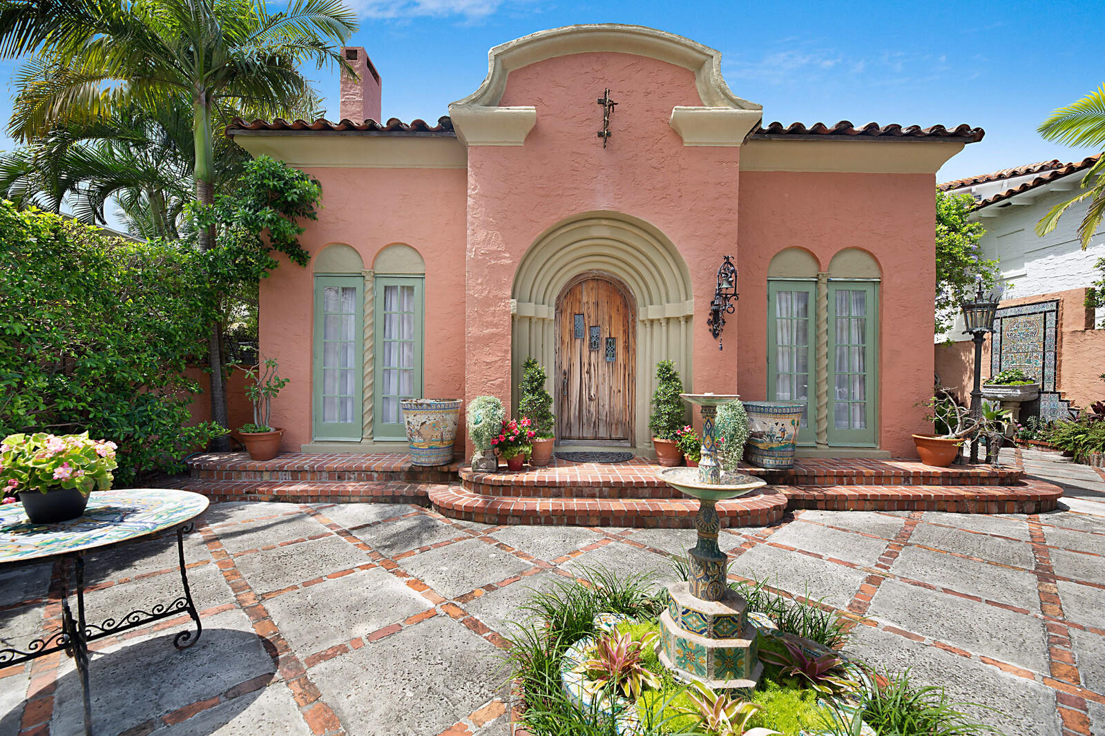 Single Family Home for sale in 195 Pershing Way, West Palm Beach, Florida ,33401