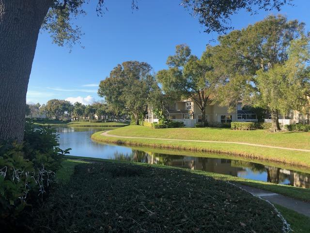 Townhouse/Row House for sale in 8151 Bridgewater Court 51b, Lake Clarke Shores, Florida ,33406