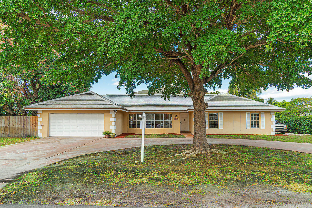 Single Family Home for sale in 1919 Travis Road, Lake Clarke Shores, Florida ,33406