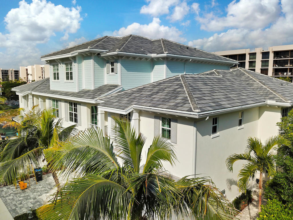 Townhouse/Row House for sale in 963 Sweetwater Lane, Boca Raton, Florida ,33431