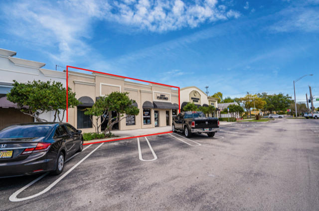 Commercial for sale in 9621-9625 W Sample Road, Coral Springs, Florida ,33065