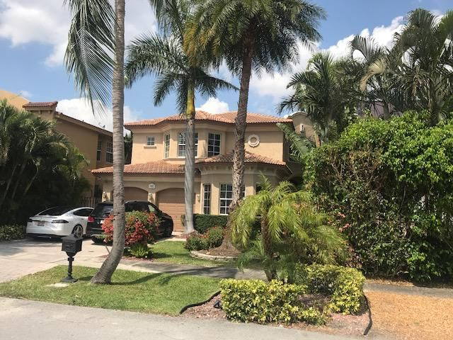Single Family Home for sale in 1627 NE 5th Street, Fort Lauderdale, Florida ,33301