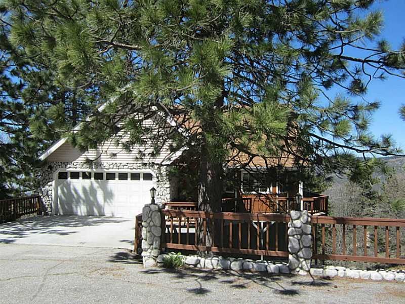 Single Family Home for sale in 30088 PIXIE DR, Running Springs, California ,92382