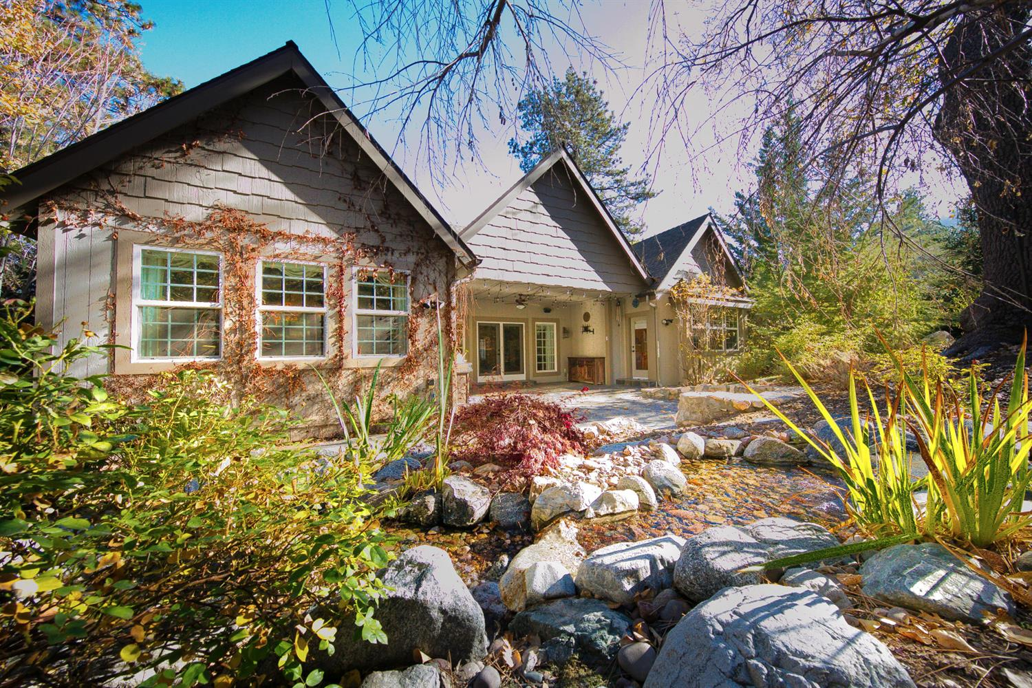 Single Family Home for sale in 142 Brentwood Drive, Lake Arrowhead, California ,92352