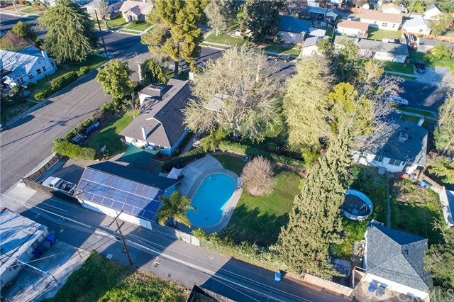 Residential For Sale in 124 N M St, Madera, California ,93637