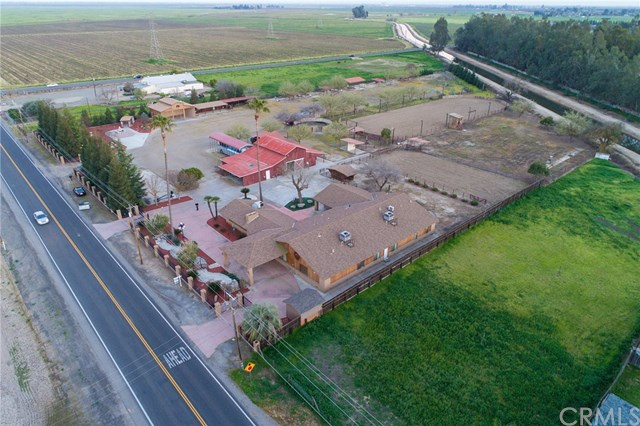 Residential For Sale in 28806 Avenue 15, Madera, California ,93638