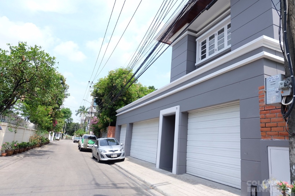Single Family Home for rent in Sukhumvit Soi 61, Bangkok, Bangkok City   , Thailand
