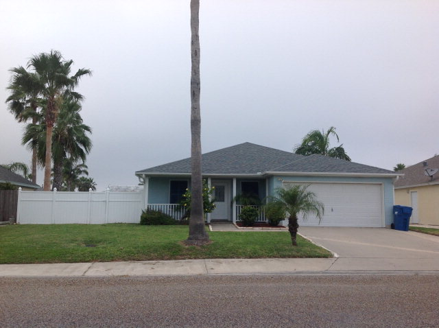 Single Family Home for sale in 762 Bay St., Aransas Pass, Texas ,78336