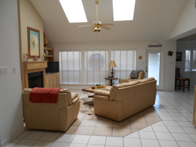 Single Family Home for sale in 125 Sea View, Aransas Pass, Texas ,78336