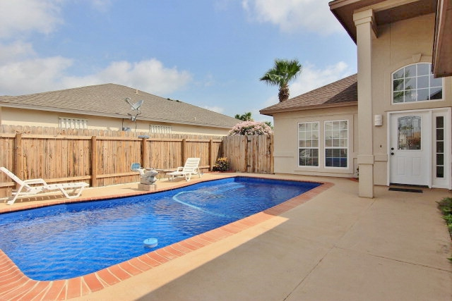 Single Family Home for sale in 102 Redfish Ct, Aransas Pass, Texas ,78336