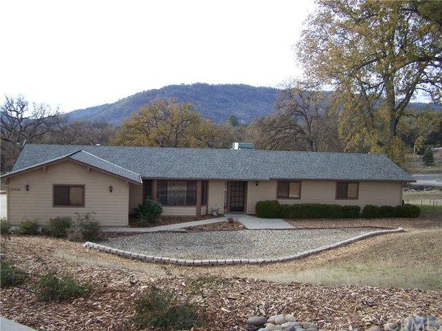Residential For Sale in 41650 Sunny Oaks Ranch Rd, Ahwahnee, California ,93601
