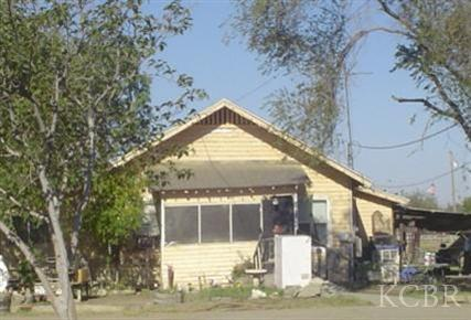 House for sale in 19680 Front, Stratford, California ,93266