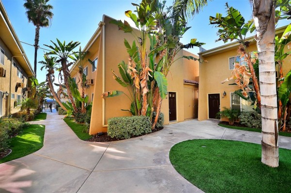 Apartment for sale in 1321 Greenfield Dr, El Cajon, California ,92021