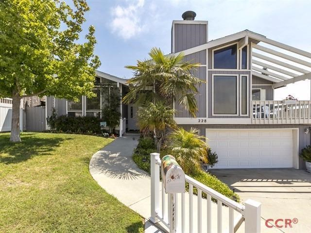 Residential For Sale in 228 Ruth Ann Way, Arroyo Grande, California ,93420