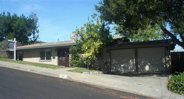 Single Family Home for sale in 915 Harbor View Drive, Martinez, California ,94553