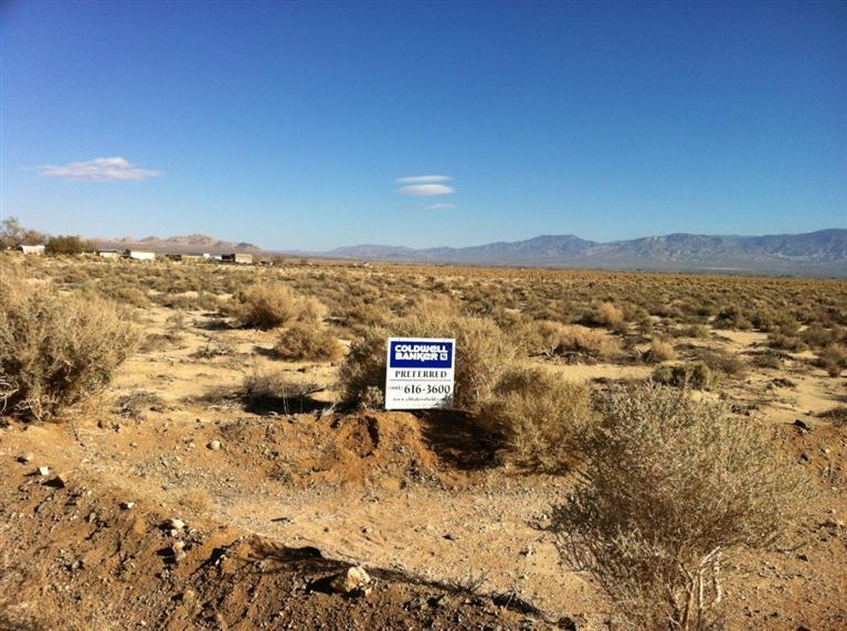 Land for sale in Meridian Road, Out of Area, California ,92356