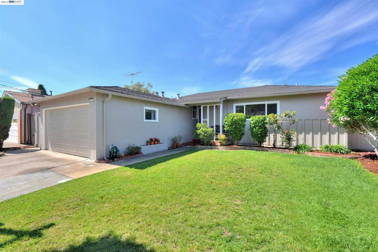 Single Family Home for sale in 31105 MEADOWBROOK, HAYWARD, California ,94544