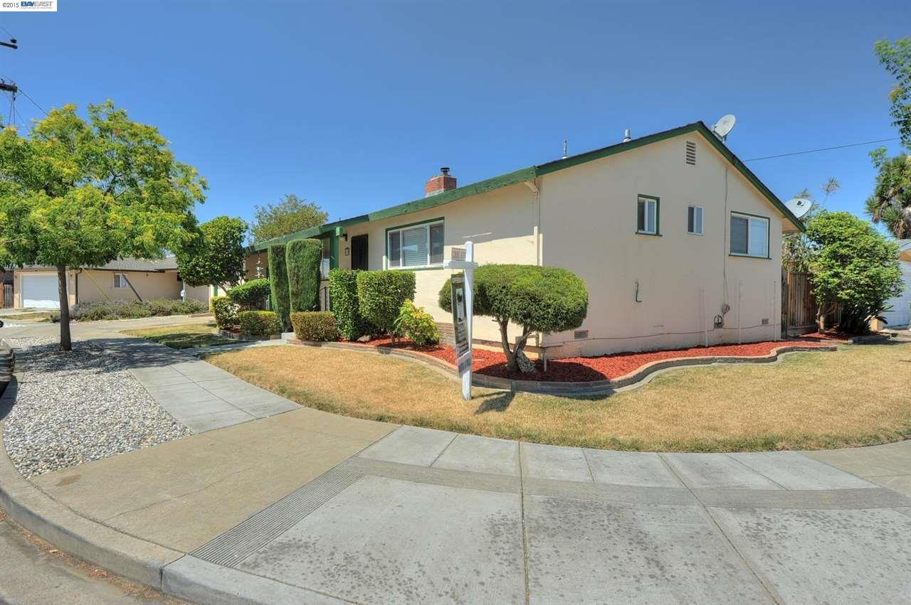 Single Family Home for sale in 418 BALMORAL Way, HAYWARD, California ,94544