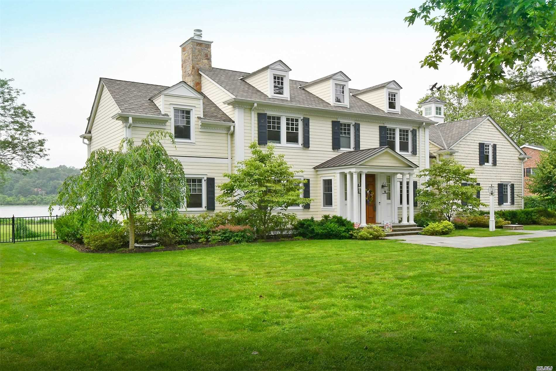 Residential For Sale in 69 Shore Rd, Manhasset, NY ,11030