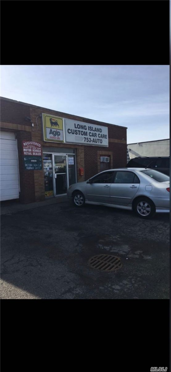 Commercial for sale in 149 Florida St, Farmingdale, NY ,11735