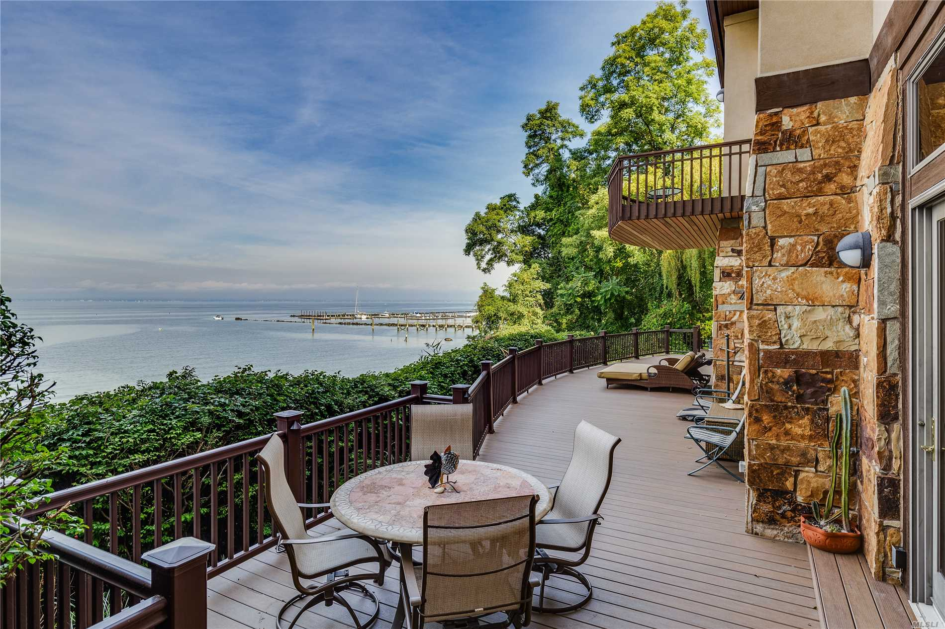 Residential For Sale in 35 Sunview Dr, Glen Cove, NY ,11542