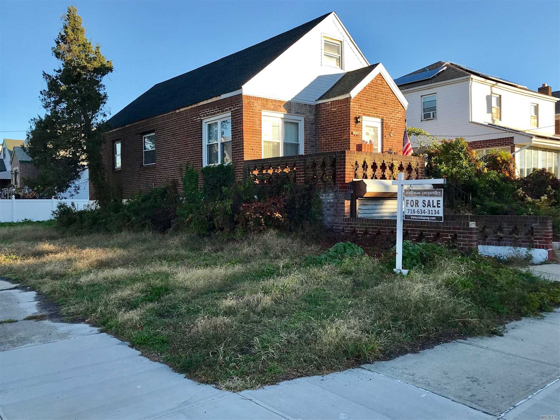 Residential For Sale in 126-18 Cronston Ave, Rockaway Park, NY ,11694