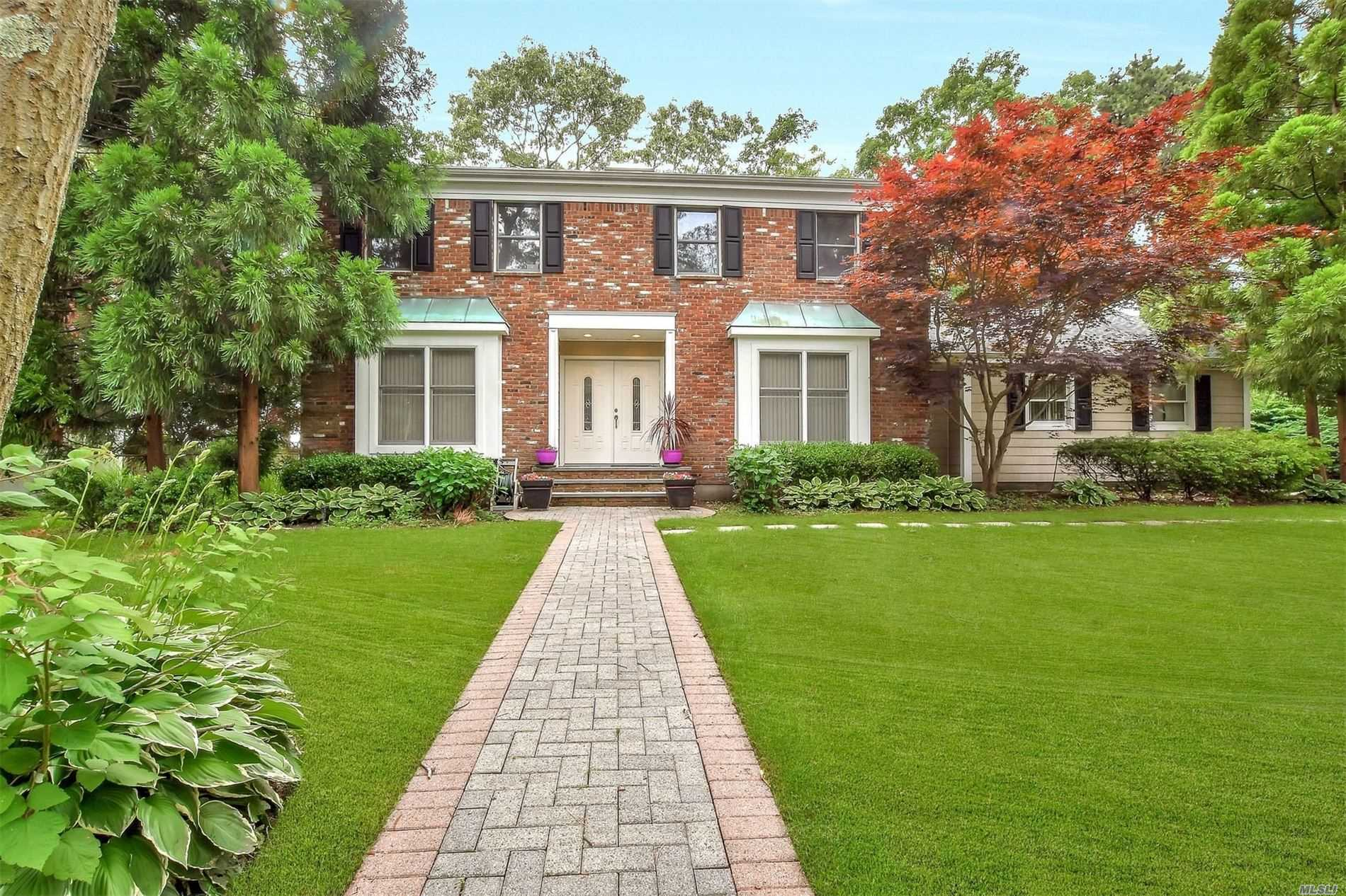 Residential For Sale in 650 Marseille Path, Sayville, NY ,11782