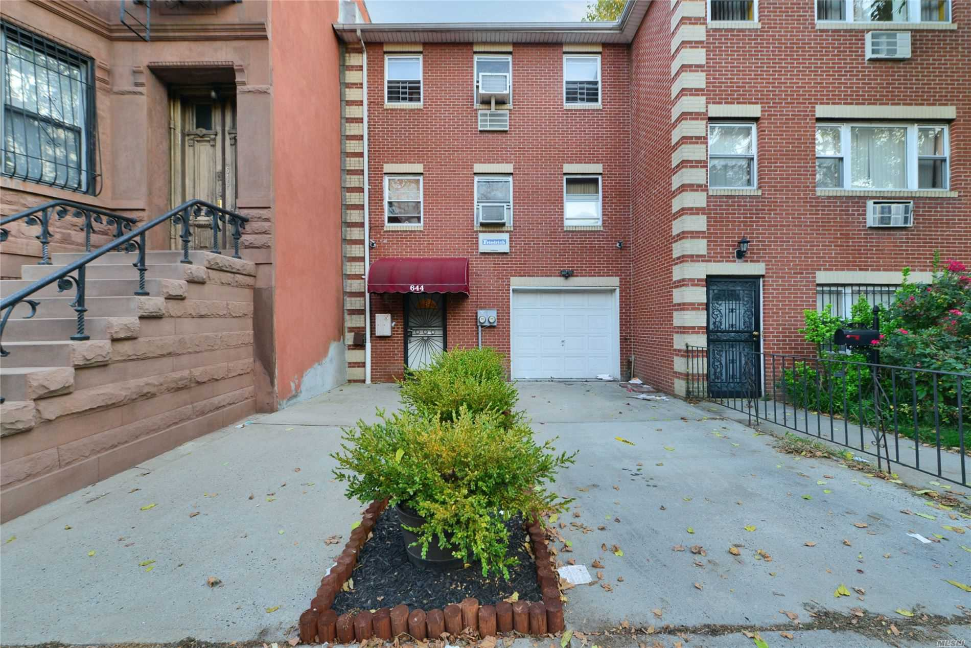 Residential For Sale in 644 Hancock St, Stuyvesant Hts, NY ,11233