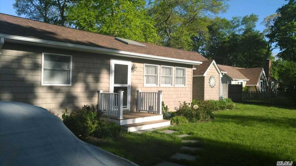 Residential For Sale in 36 Private Rd, Yaphank, NY ,11980