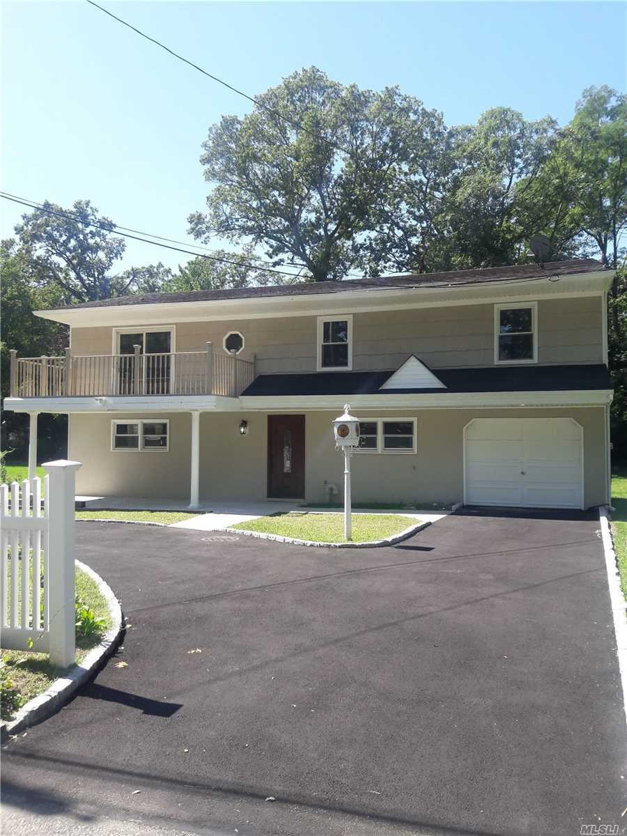 Residential For Sale in 24 Venedia Dr, Wheatley Heights, NY ,11798